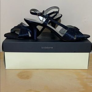 Liz Claiborne satin navy sling back, like new